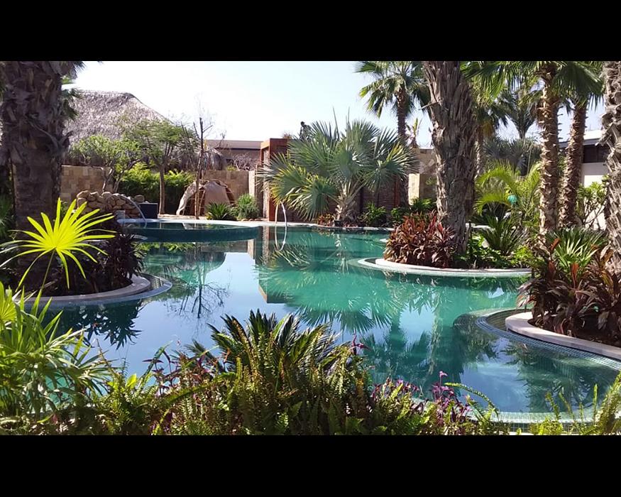 Spa-Lagoon—HotelRitzCarlton