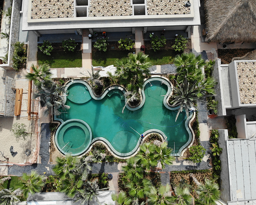 Spa-Lagoon—HotelRitzCarlton2